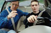 Hoe voor te bereiden van een tiener te krijgen een rijbewijs