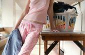 Oefeningen tijdens het vouwen van kleding