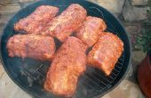 Hoe om te grillen van Spare Ribs van de BBQ