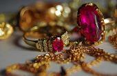 Hoe te verkopen van sieraden aan een pion winkel