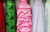 Hoe moet een vrouw lopen trap met een lange jurk?