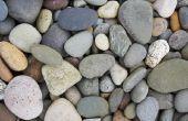 Het gebruik van rotsen & stenen voor goedkope Landscaping