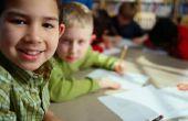 Hoe leren kinderen om te schrijven een stelling