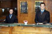 Kwaliteiten van werknemer van uitzonderlijke Customer Service gastvrijheid