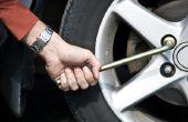 Het wijzigen van de band op een Toyota RAV 4