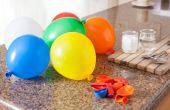 Het opblazen van een ballon met Baking Soda en azijn