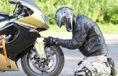 Hoe voor het trekken van een motorfiets achter een auto