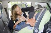Zijn baby's veiliger in achteren gerichte autostoeltjes?