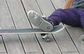 Hoe te repareren van gaten in Skate schoenen
