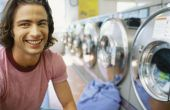 Hoe Dye stof met behulp van een Front-Loading wasmachine