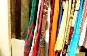 Creatieve manieren om te dekken een kleding rek dat Is uit in het midden van een kamer