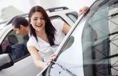 Hoe te kopen een auto als een echtpaar