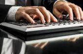 Hoe snel typt zonder te kijken naar het toetsenbord