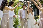 Hoe maak je een bruiloft gelofte vernieuwing evenement om te onthouden