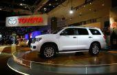 Het wijzigen van een band voor een Toyota Sequoia