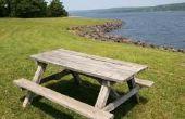Het gebruik van een picknicktafel als een eetkamer tafel