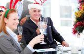 Hoe Word een uitnodiging voor een Office Christmas Party