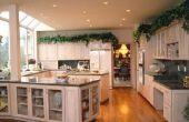 Hoe te kiezen van een hardhouten vloer om te gaan met uw keukenkasten