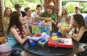 Goedkope ideeën voor een thema feestje van de 13-jarige