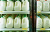 Bevriest afgeroomde melk sneller dan twee procent?