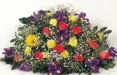 Wat te schrijven bij het verzenden van bloemen voor een begrafenis