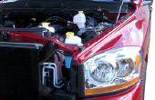 Het wijzigen van de transmissie vloeistof op een 2008 Dodge Ram pick-up