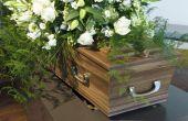 Hoe een lijst van mensen in een necrologie