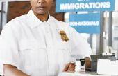Hoeveel maakt een Amerikaanse douane-expediteur in salaris?