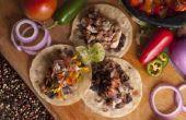 Authentiek Mexicaans voedsel te maken thuis voor een menigte