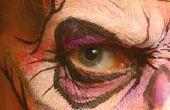 Hoe te schilderen van je gezicht als een enge Clown