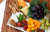 Het rangschikken van een Fruit & kaasschotel