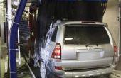 Hoe schoon het dak Drainage buizen op een Toyota RAV4