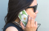 Bloem telefoon geval ingedrukt