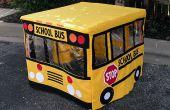 Een leuke School Bus speelhuisje maken voor kinderen met behulp van een kaart tafel