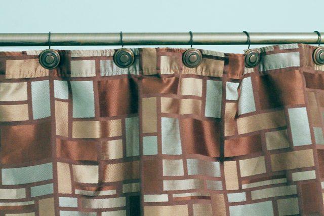 Hoe schoon de schimmel uit de gordijnen van de douche - wikisailor.com