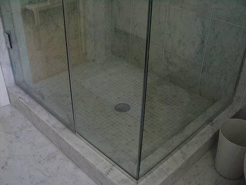 Glazen Douchewand Schoonmaken : Glazen douchewand schoonmaken tips