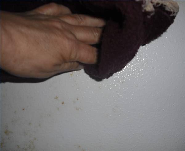 Bruine Vlekken Badkamer : Hoe te verwijderen van bruine vlekken van badkamer muren