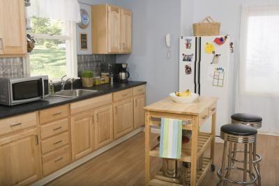Keuken Kleine Kleur : Keuken kleine ruimte. x kleine keuken inrichten tips kleine keuken