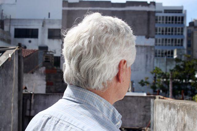 haren opgeschoren zijkant bovenop kort